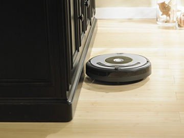 irobot roomba 615 recensione e opinione robot. Black Bedroom Furniture Sets. Home Design Ideas